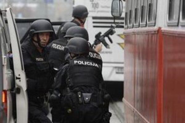 Bosnianska polícia.