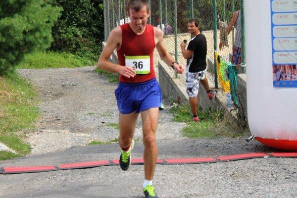 Víťaz hlavnej mužskej kategórie Tomáš Kubej.