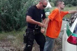 Väzeň pri zatýkaní.