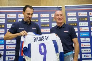 Generálny manažér Miroslav Šatan a hlavný tréner slovenskej hokejovej reprezentácie Craig Ramsay.