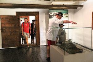 Z expozície vzemianskom dome sa návštevník dozvie nielen ozemanoch.