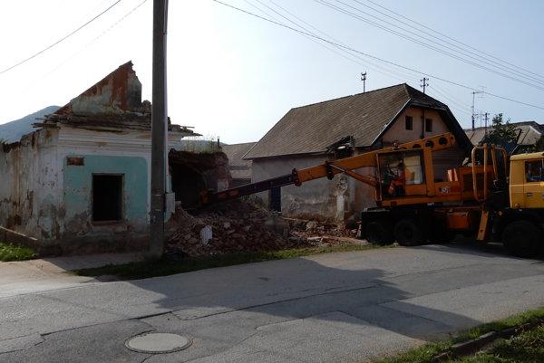 Dom na Mníšanskej ulici.
