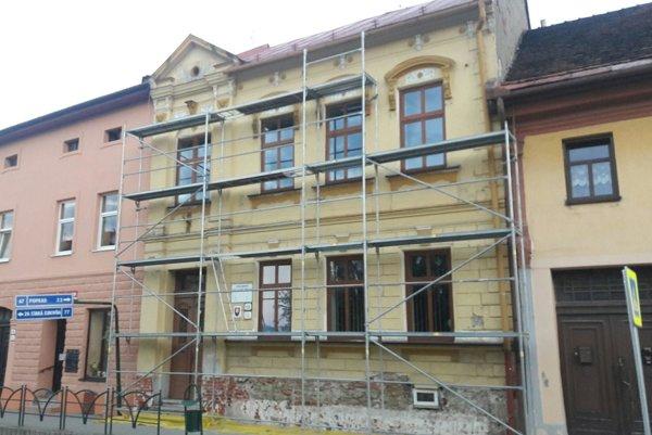 Budova Základnej umeleckej školy v Spišskej Belej na Zimnej ulici dostane nový vzhľad.
