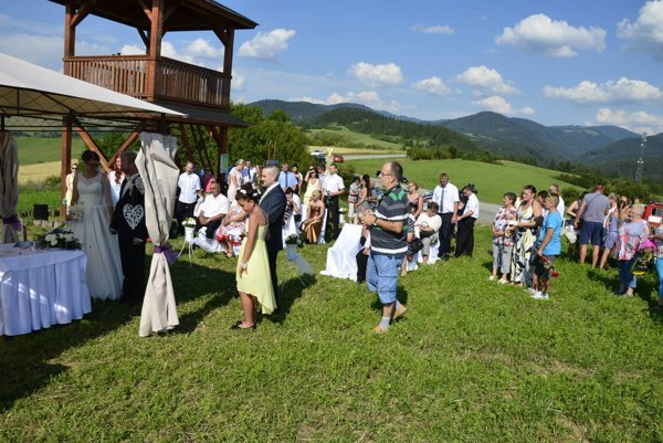 Svadba na rozhľadni medzi Belou a Turčianskym Jasenom.