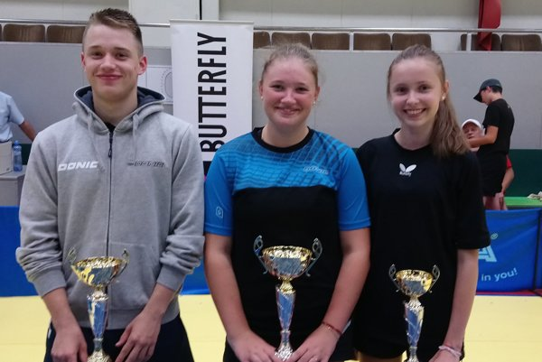 Zľava: Štefan Peko, Tatiana Kukuľková, Zuzana Peková.