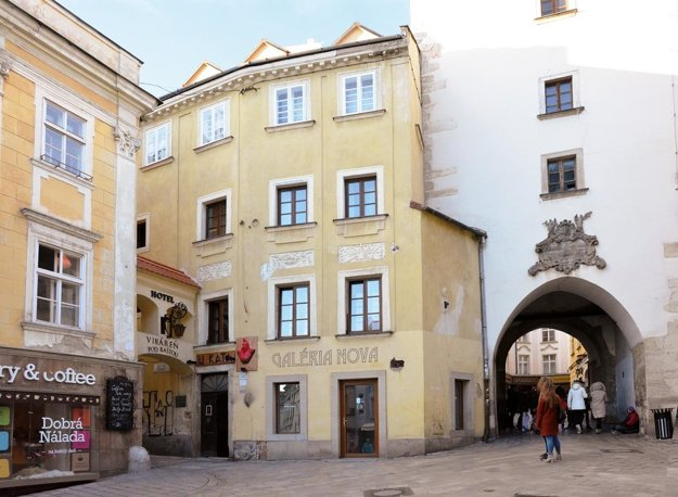 V rodnom dome Jána Batku sídli galéria Nova.