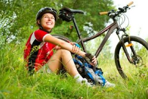 Cyklisti si zmerajú sily.