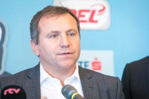 Výkonný riaditeľ Tipsport extraligy Jozef Řezníček z Českej republiky počas TK pri príležitosti organizovania konceptu hokejovej All Star 2018.