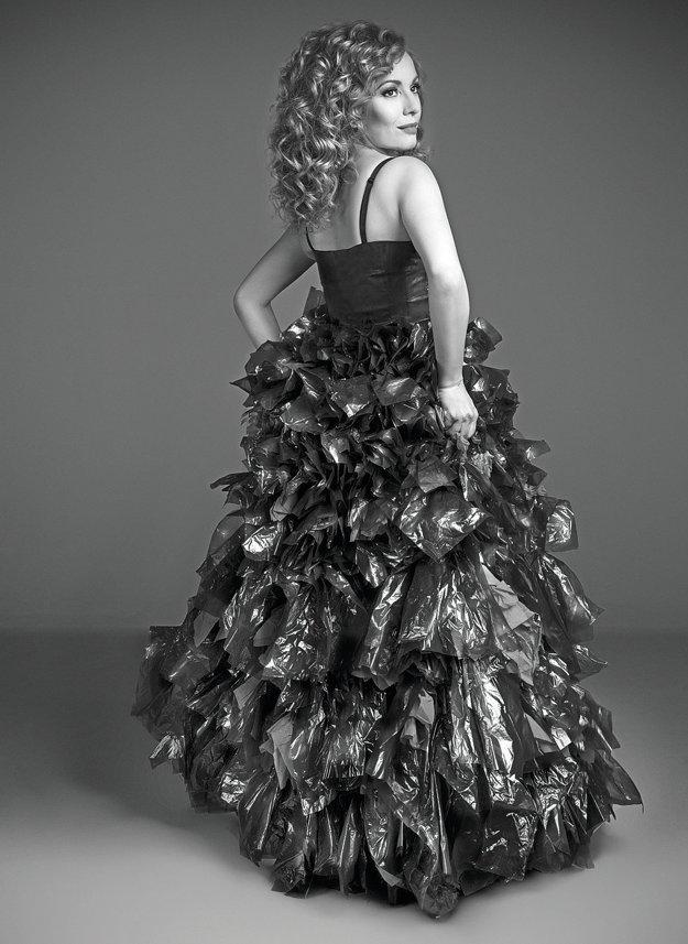 Vera Wisterová je tvárou aktuálneho ročníka Fashion show recyklovanej módy