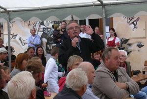 Valčanov potešili aj známe hity speváka Roba Kazíka.