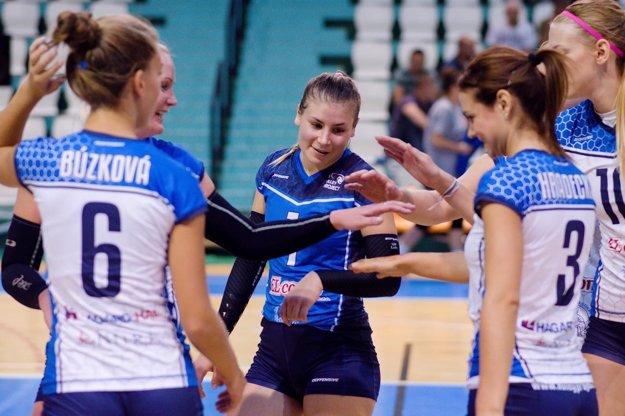 Volejbalistky UKF Nitra idú do sezóny, v ktorej majú pod vedením fínskeho trénera vysoké ambície.