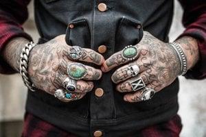Čiastočky tetovacej farby