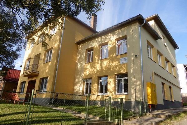 Základná škola internátna pre žiakov s narušenou komunikačnou schopnosťou v Jamníku