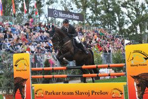 Víťaz skokových pretekov seniorov. Stal sa ním Zdeno Kuchár.