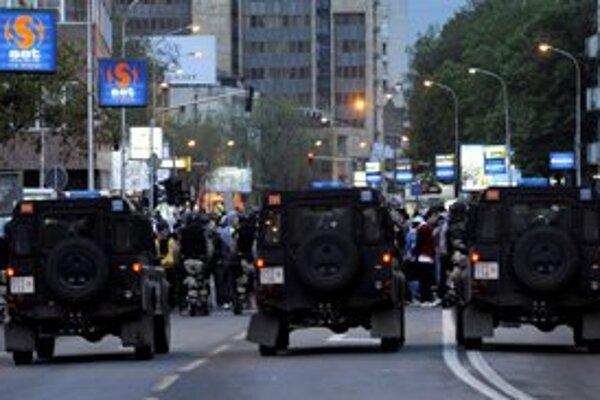 Päťnásobná vražda vyhnala do ulíc Skopje demonštrantov.