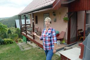 Vlasta Špišáková. V lokalite Nad vinicami trápi záhradkárov veľa problémov.