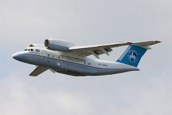 Antonov An-74.