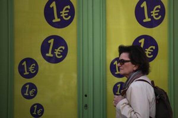 Druhá najsilnejšia strana po voľbách vyhlasuje, že Grécko nemusí dodržiavať úsporné opatrenia. Podľa analytikov sa zvyšujú šance na odchod krajiny z eurozóny.