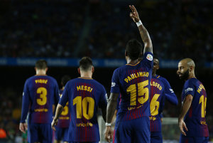 Hráči Barcelony po triumfe nad Eibarom vedú tabuľku La Ligy.