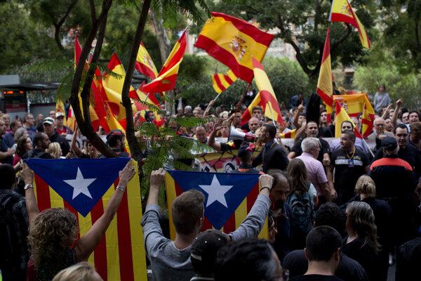 Študenti obsadili univerzitu v Barcelone