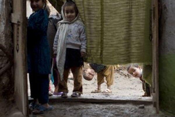Deti v utečeneckom tábore.
