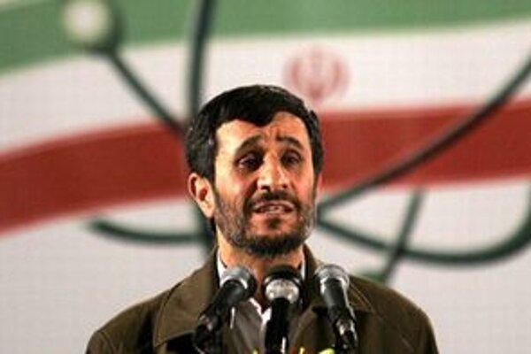 Mahmúd Ahmadínežád.
