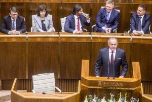 Lucia Žitňanská, Robert Kaliňák, Robert Fico, Andrej Kiska, Peter Kažimír.