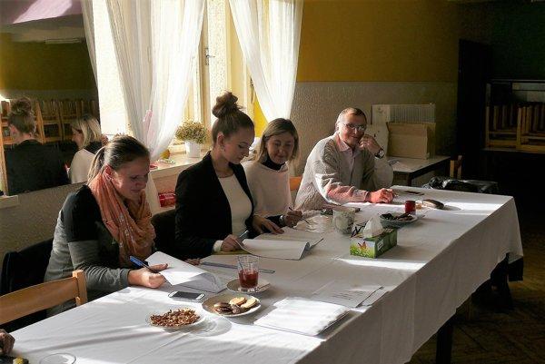 Nové voľby starostu Sklabine mali pokojný priebeh.