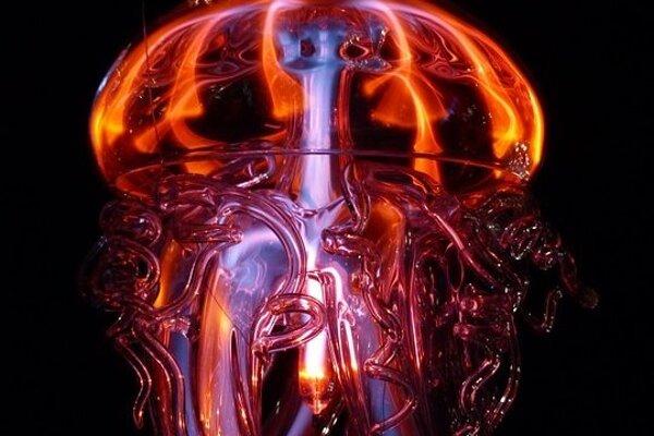 Medúza zo skla.