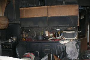 V kuchyni.