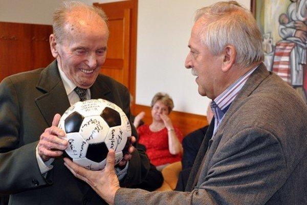 Vľavo Štefan Gürtler.