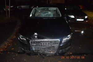 Opitá vodička v Dubnici nad Váhom narazila do stĺpu s osvetlením.