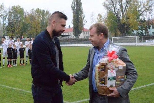 Andrejovi Romančíkovi sa predstavitelia Fomatu poďakovali za jeho služby.