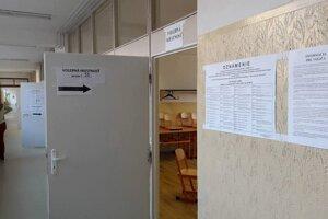 Z volieb v Trnave.