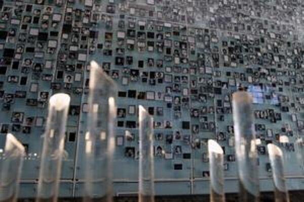 V čilskom múzeu obetí diktatúry vystavujú ich príbehy aj fotografie.