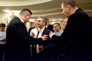Lörinc (vľavo) a nový župan. Či chce skúsiť o rok kandidovať na primátora, zatiaľ tají.