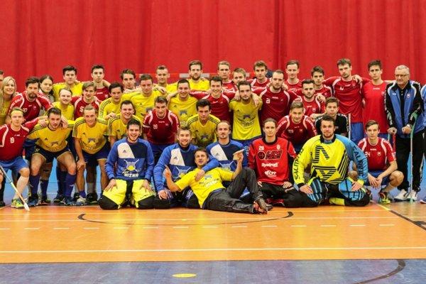 Uplynulú sobotu si Nižná skrížila hokejky proti slovenskej reprezentácii.