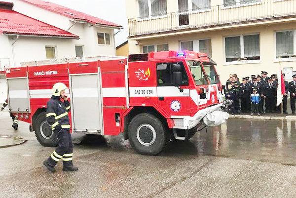 V Mútnom sa tešia znového auta pre hasičov.