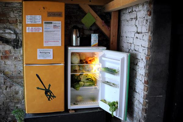 Verejné chladničky sú čoraz rozšírenejšie v západných metropolách.