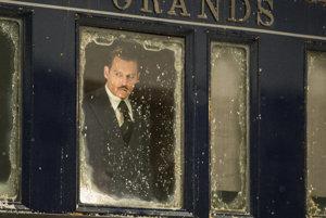 Johnny Depp vo filme Vražda v Orient Exprese.
