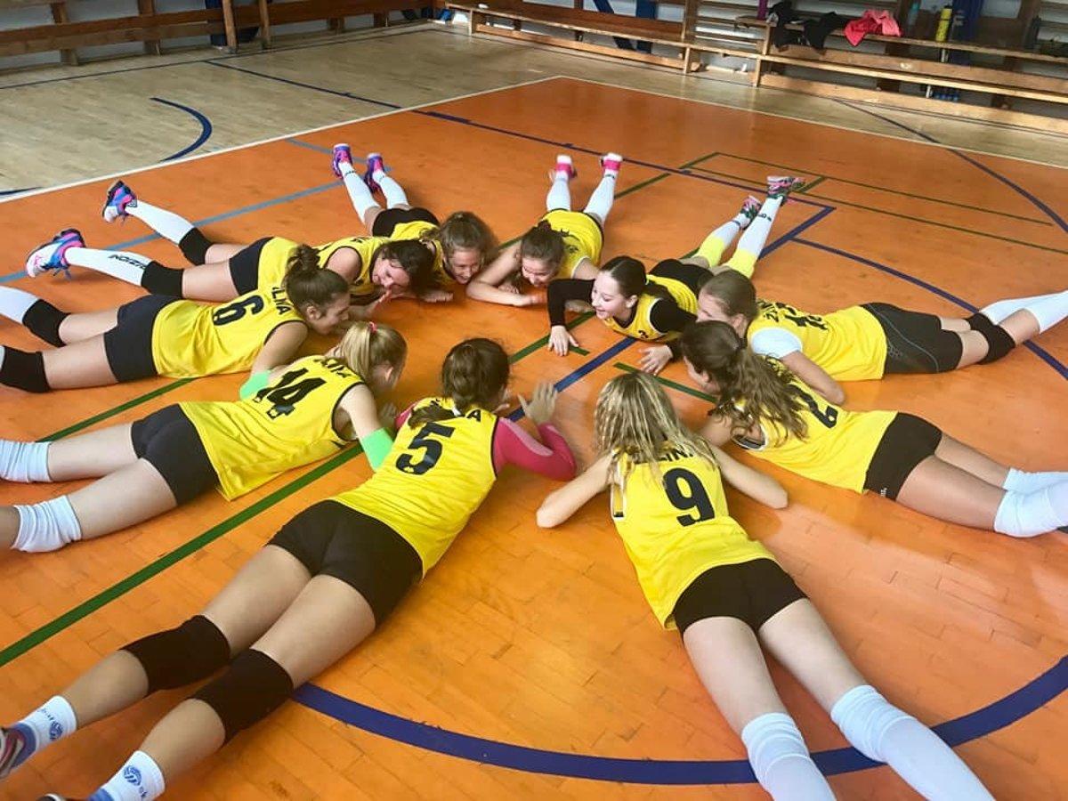 Volejbalové súťaže žien a dievčat pokračovali ďalším kolom.15. nov 2017 53c82ecba9