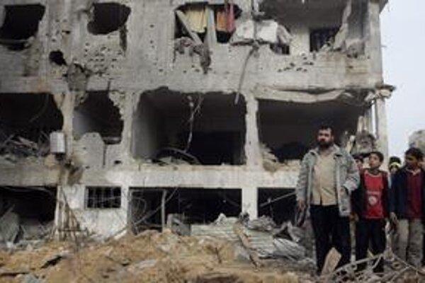 Ulice Gaza City vyzerajú ako po zemetrasení. Izraelčania pokračujú v tvrdých bojoch.