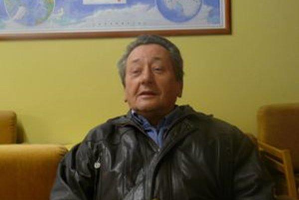 Ján Topoli, v rokoch 1987 - 1989 bol vedúcim tajomníkom OV KSS v Martine.