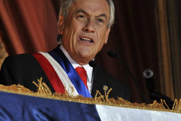 V Čile sa začalo druhé kolo prezidentských volieb