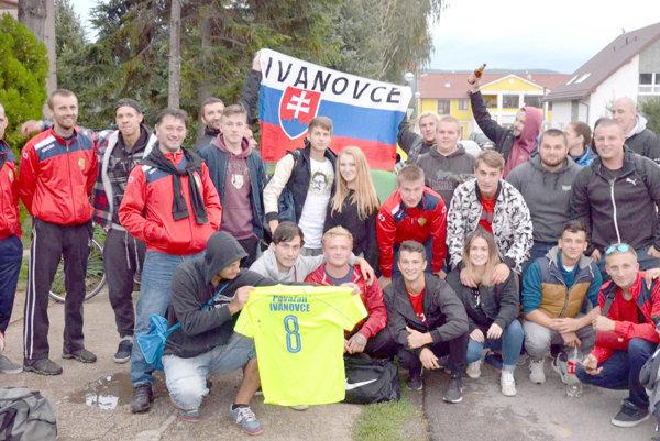 Futbalisti Považanu Ivanovce sú jesennými majstrami VIII. ligy Trenčín.