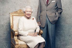 Na snímke z novembra 2017 kráľovský pár.