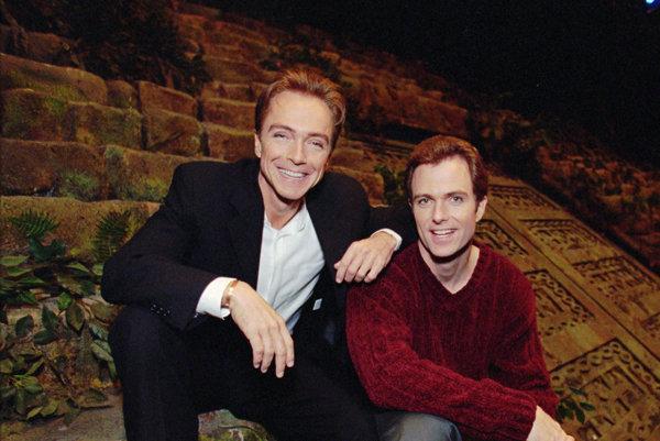 David Cassidy (vľavo) s bratom Patrickom.