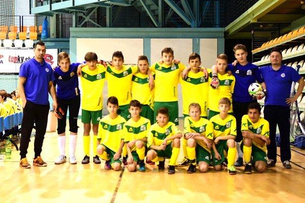 Výber ObFZ Levice obsadil na kvalifikačnom turnaji vNitre skvelé druhé miesto apostúpil na finálový turnaj.