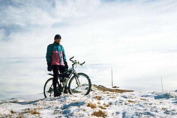 Ján Ľupták na vlastnom bicykli.