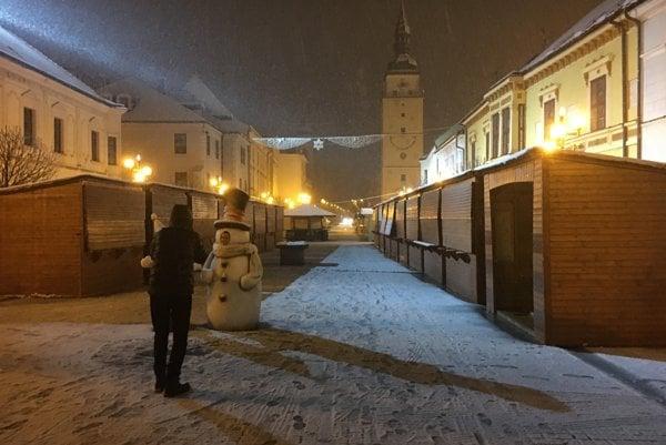 Prvý sneh v centre Trnavy.